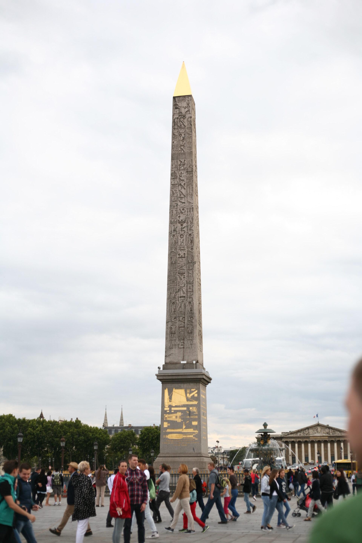 Париж. Монмартр иЕлисейские поля.