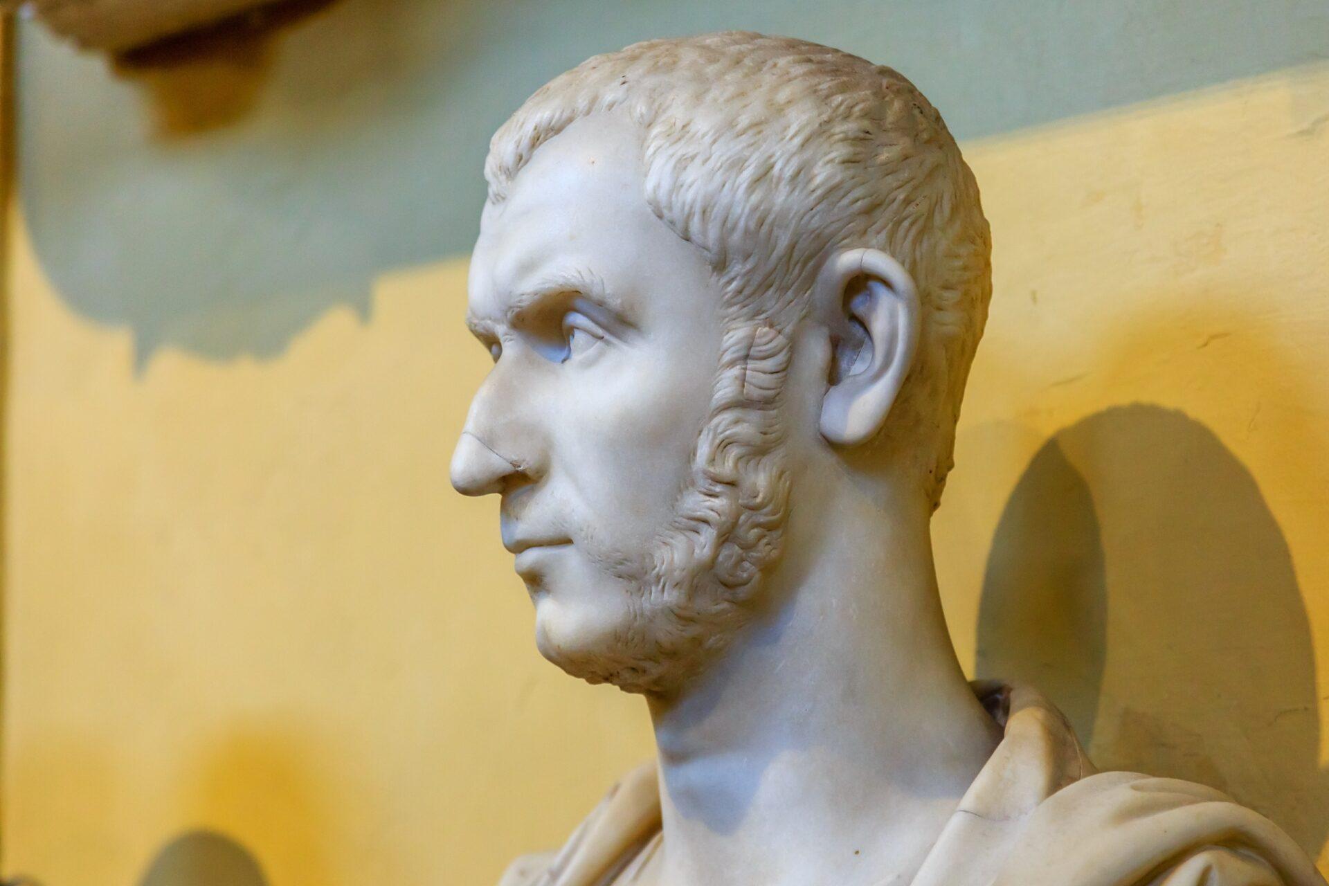 «Мессир, мне больше нравится Рим!»